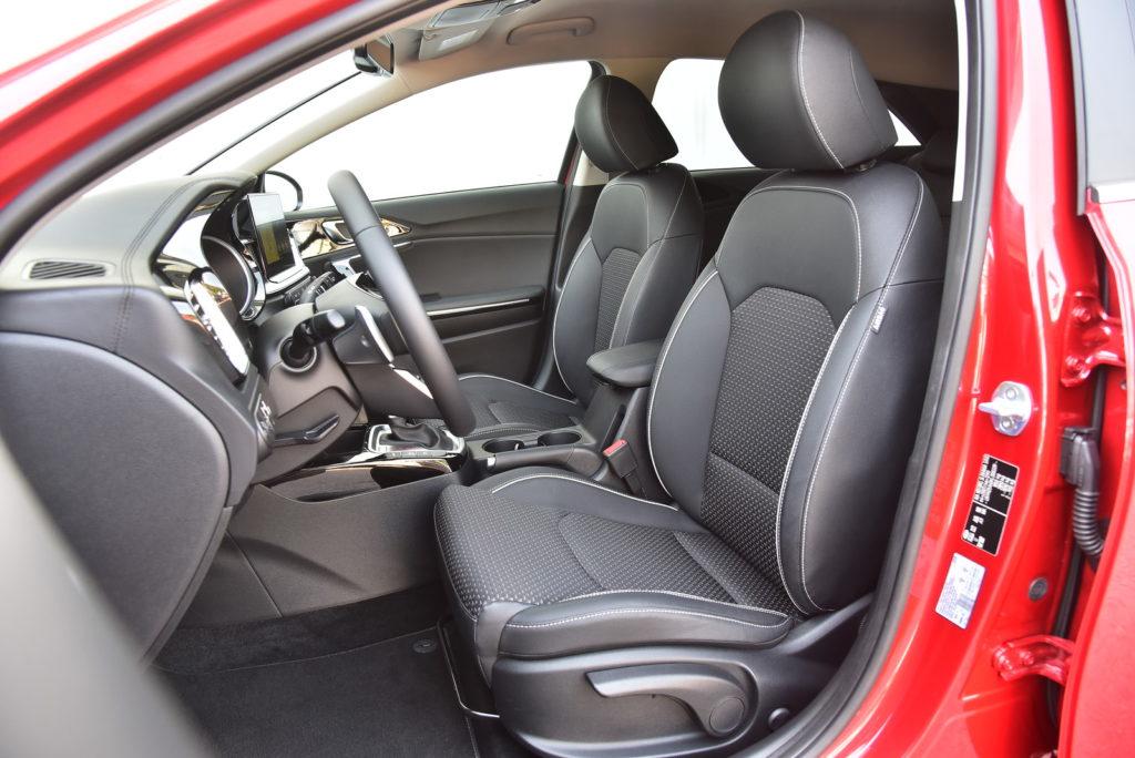 Kia Ceed - fotel kierowcy