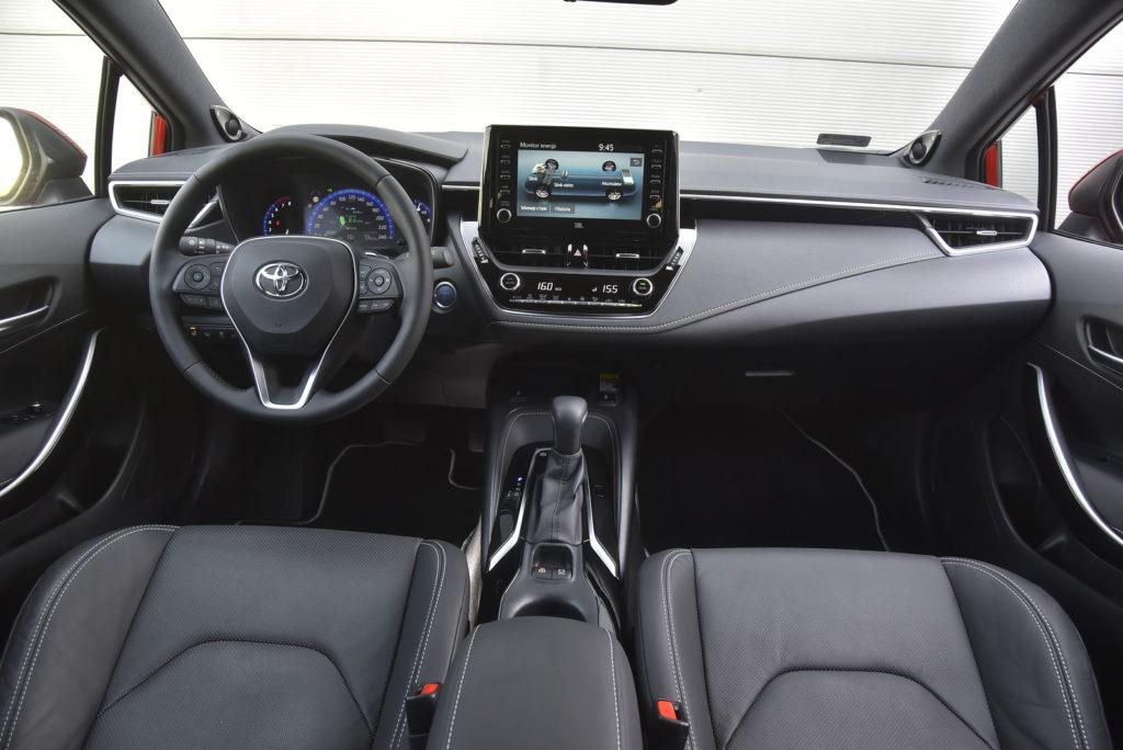 Toyota Corolla - deska