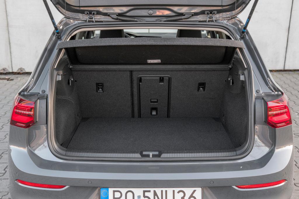 VW Golf - bagażnik