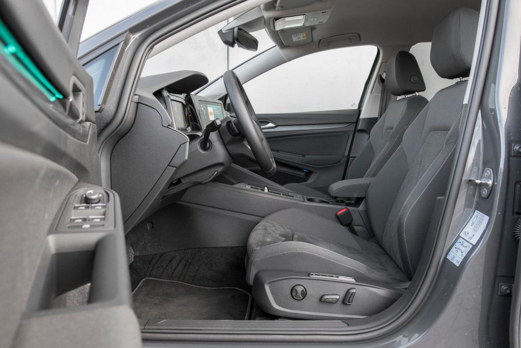 VW Golf - fotel kierowcy